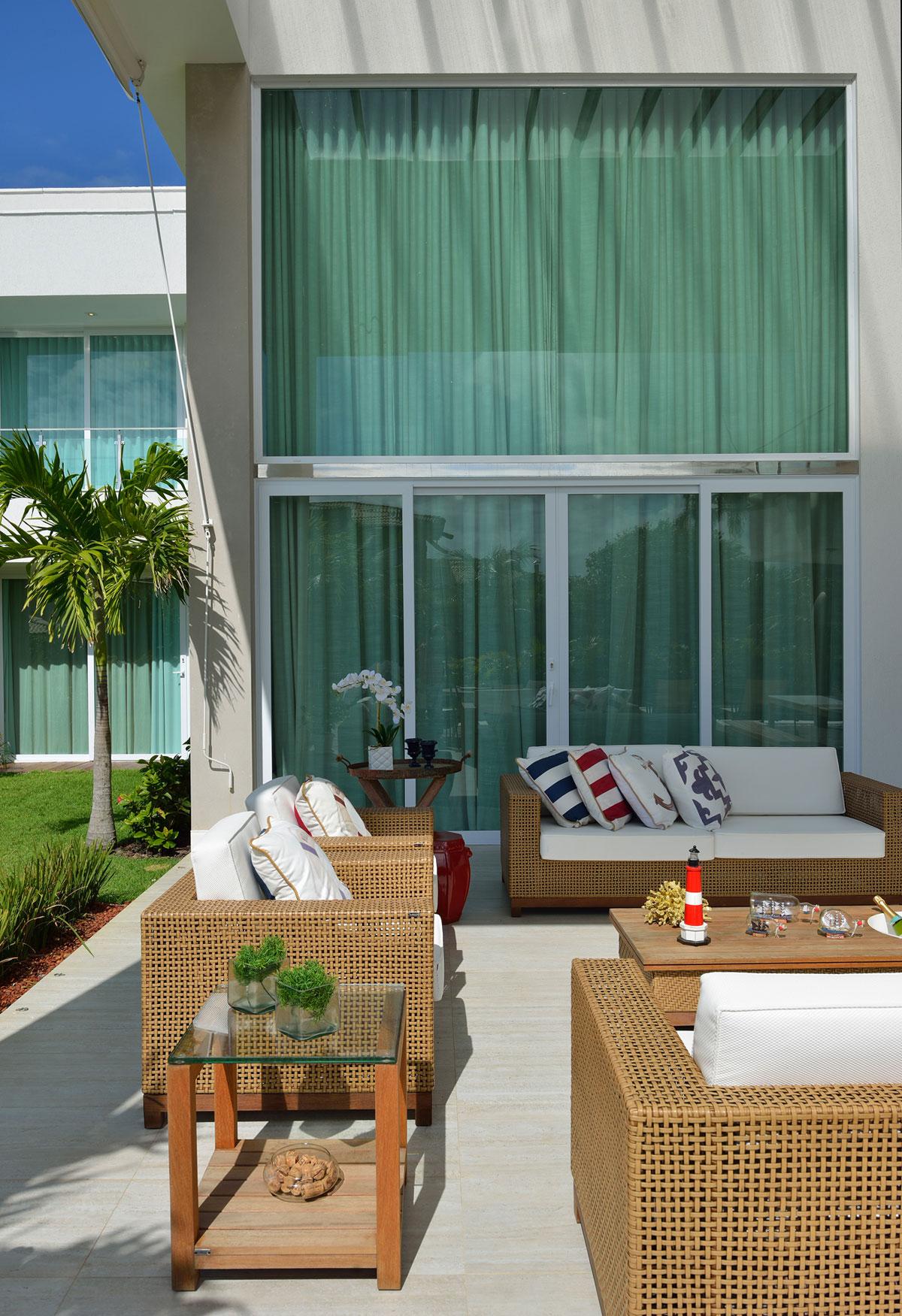 Bahia Beach Residence by Pinheiro Martinez Arquitetura-09