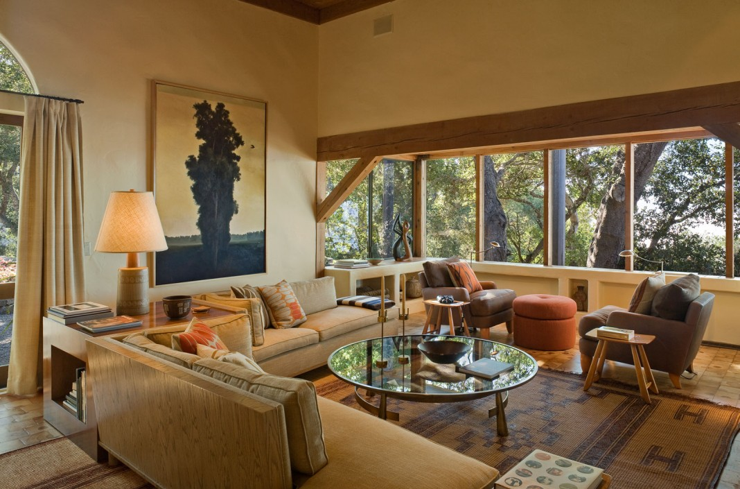 Big Sur Cabin With Mid Century Accent Pieces And Earth Tone Palette By  Studio Schicketanz