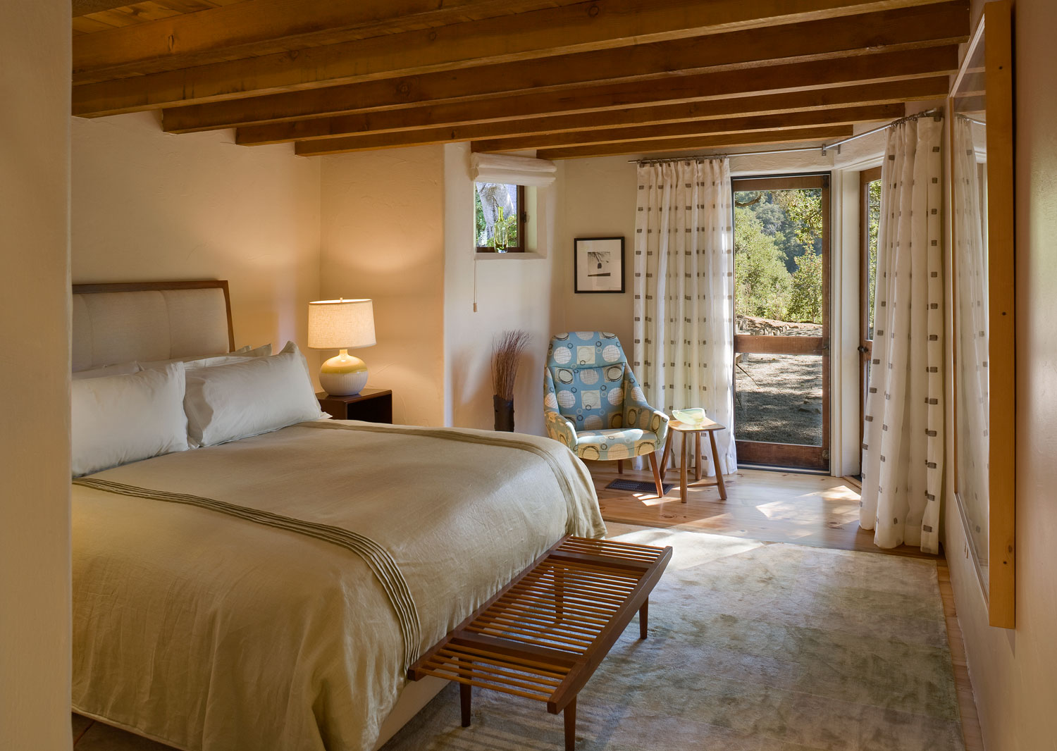 Big Sur Cabin with Mid-Century Accent Pieces and Earth Tone Palette by Studio Schicketanz-13