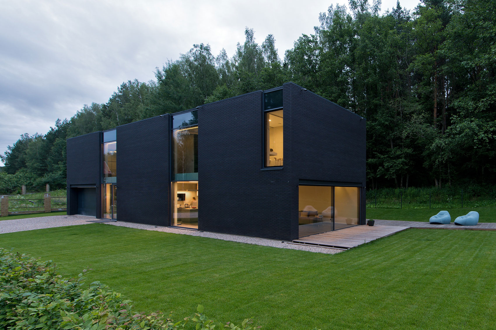Black Boxed Family House in Minsk by Architectural Bureau G. Natkevicius & Partners-07