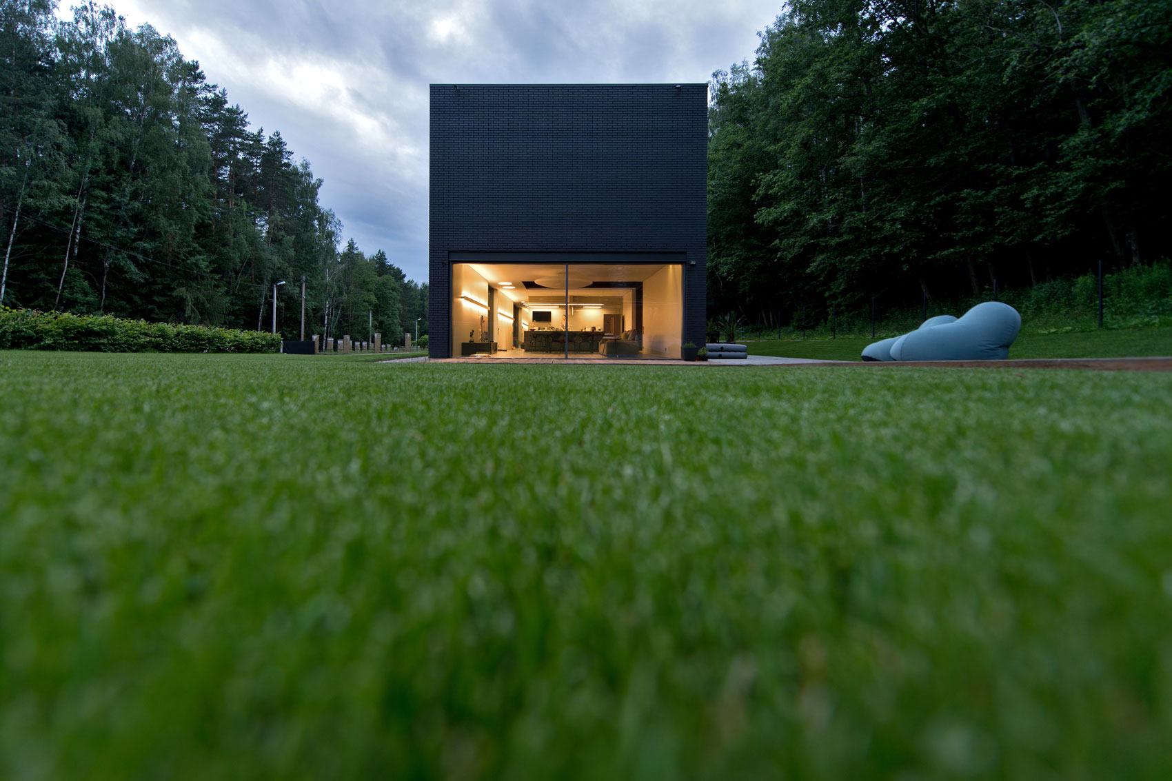 Black Boxed Family House in Minsk by Architectural Bureau G. Natkevicius & Partners-08