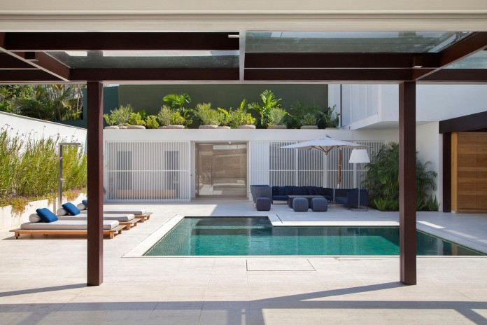Brise-House-in-Rio-de-Janeiro-by-Gisele-Taranto-Arquitetura-09