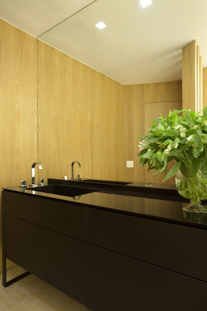 Brise-House-in-Rio-de-Janeiro-by-Gisele-Taranto-Arquitetura-23