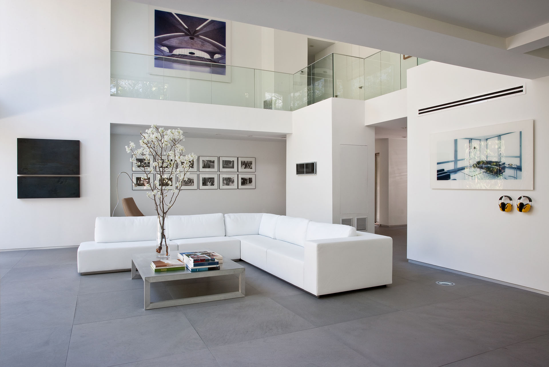 Calm and Minimalistic Spaces of Utopia Residence Coconut Grove by [STRANG] Architecture-04