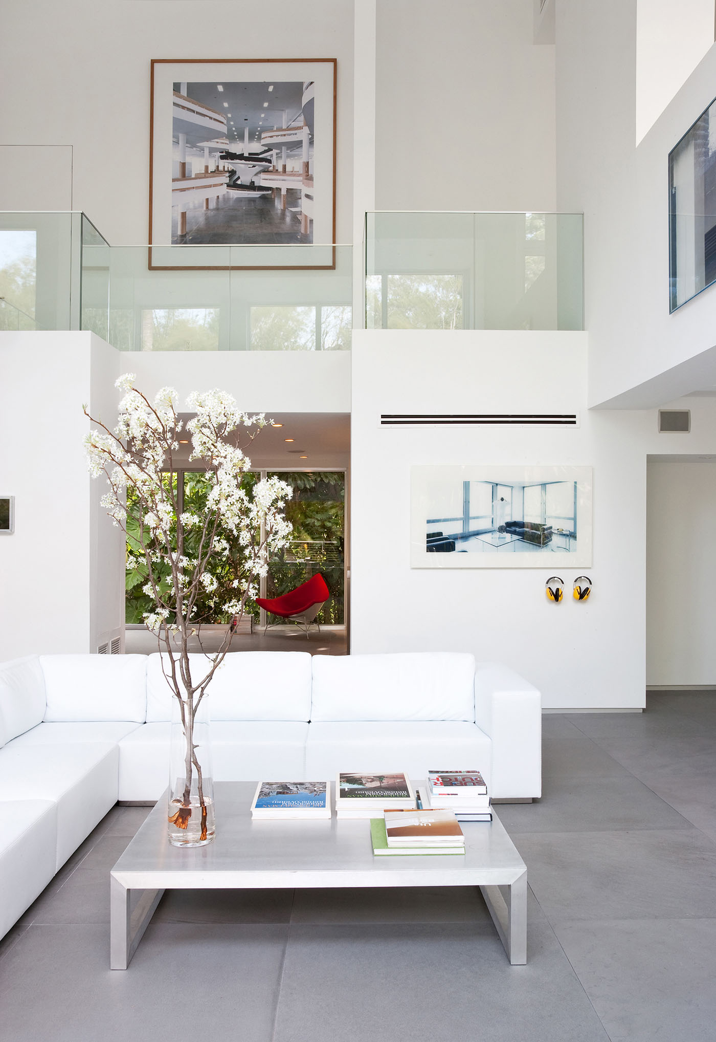 Calm and Minimalistic Spaces of Utopia Residence Coconut Grove by [STRANG] Architecture-05