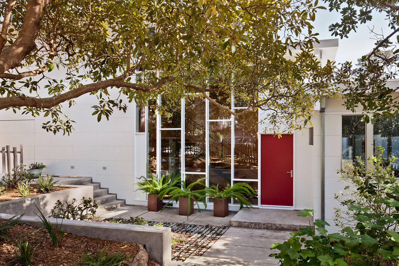 Carmel Mid-Century LEED Home by Studio Schicketanz-02