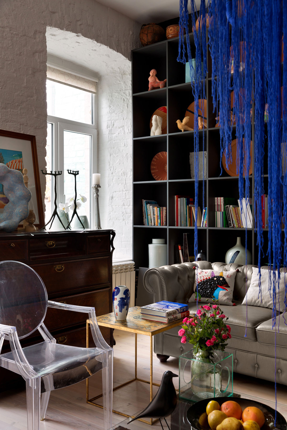 Colourful Apartment in Kiev by Sergey Makhno-03