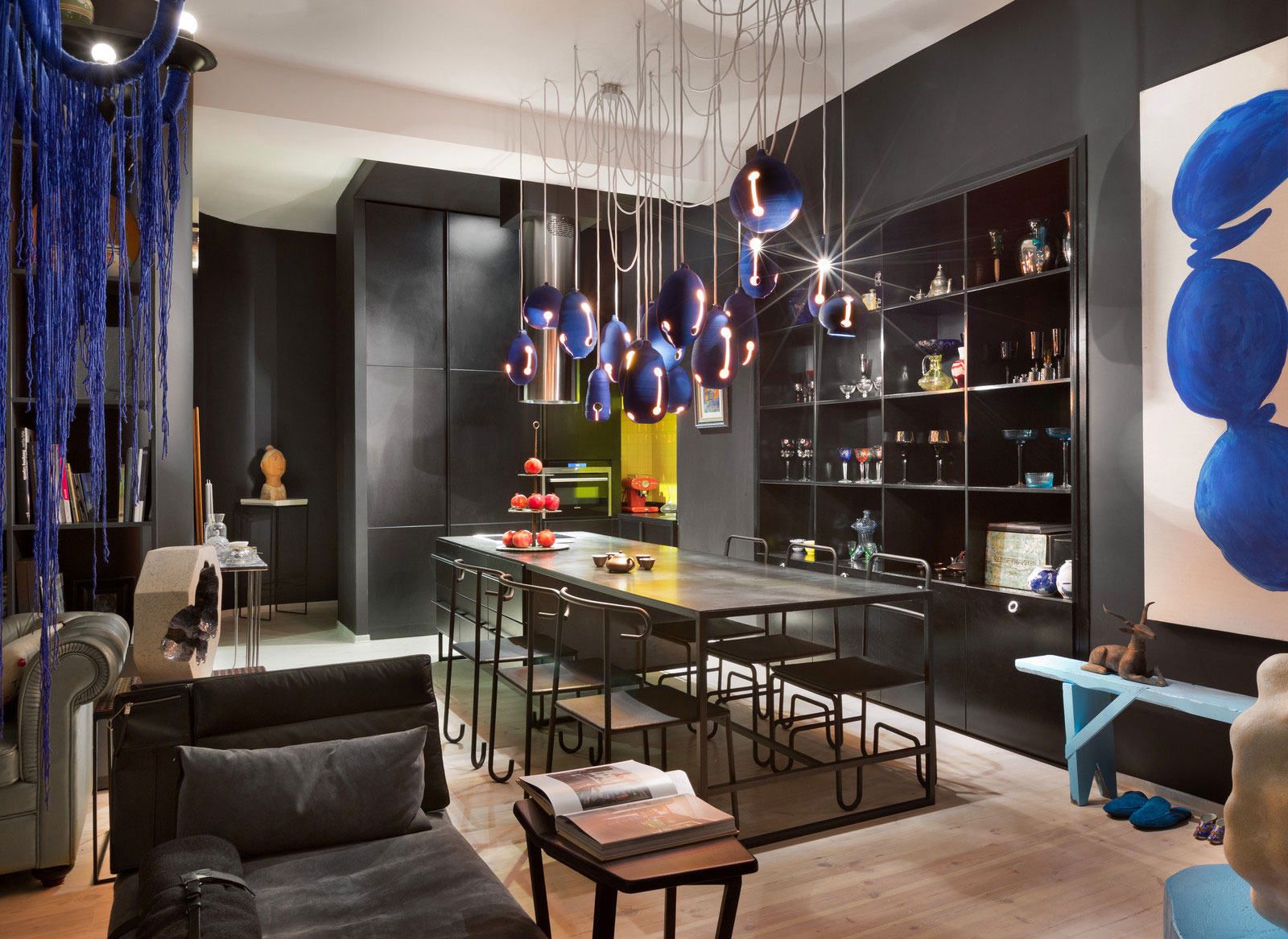 Colourful Apartment in Kiev by Sergey Makhno-05