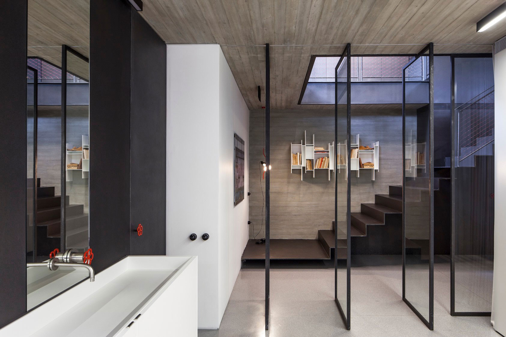 Combination of Modern Design and Neo-Classical Structure of a Historical Apartment in the Heart of Tel Aviv by Pitsou Kedem Architects-21
