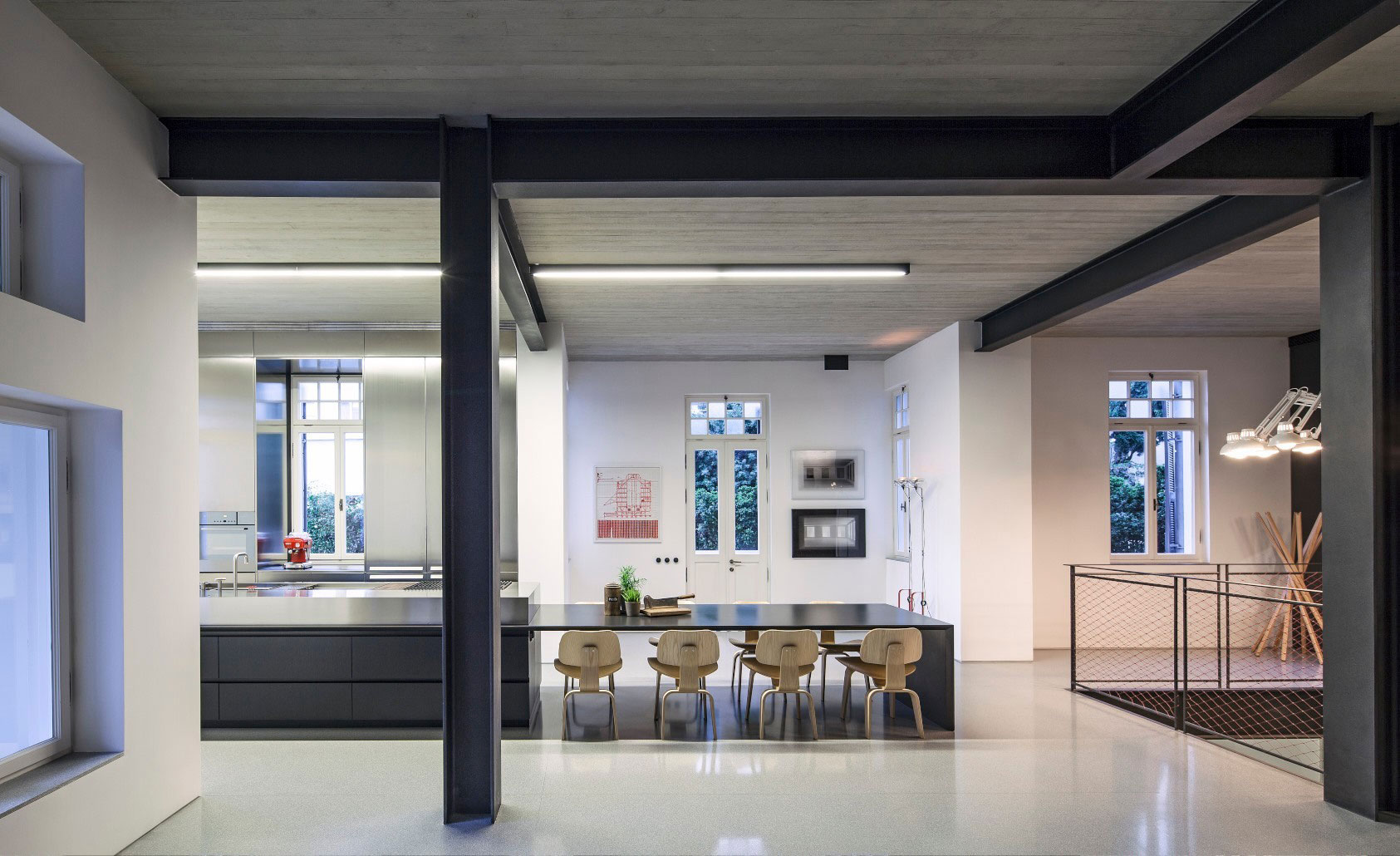 Combination of Modern Design and Neo-Classical Structure of a Historical Apartment in the Heart of Tel Aviv by Pitsou Kedem Architects-26
