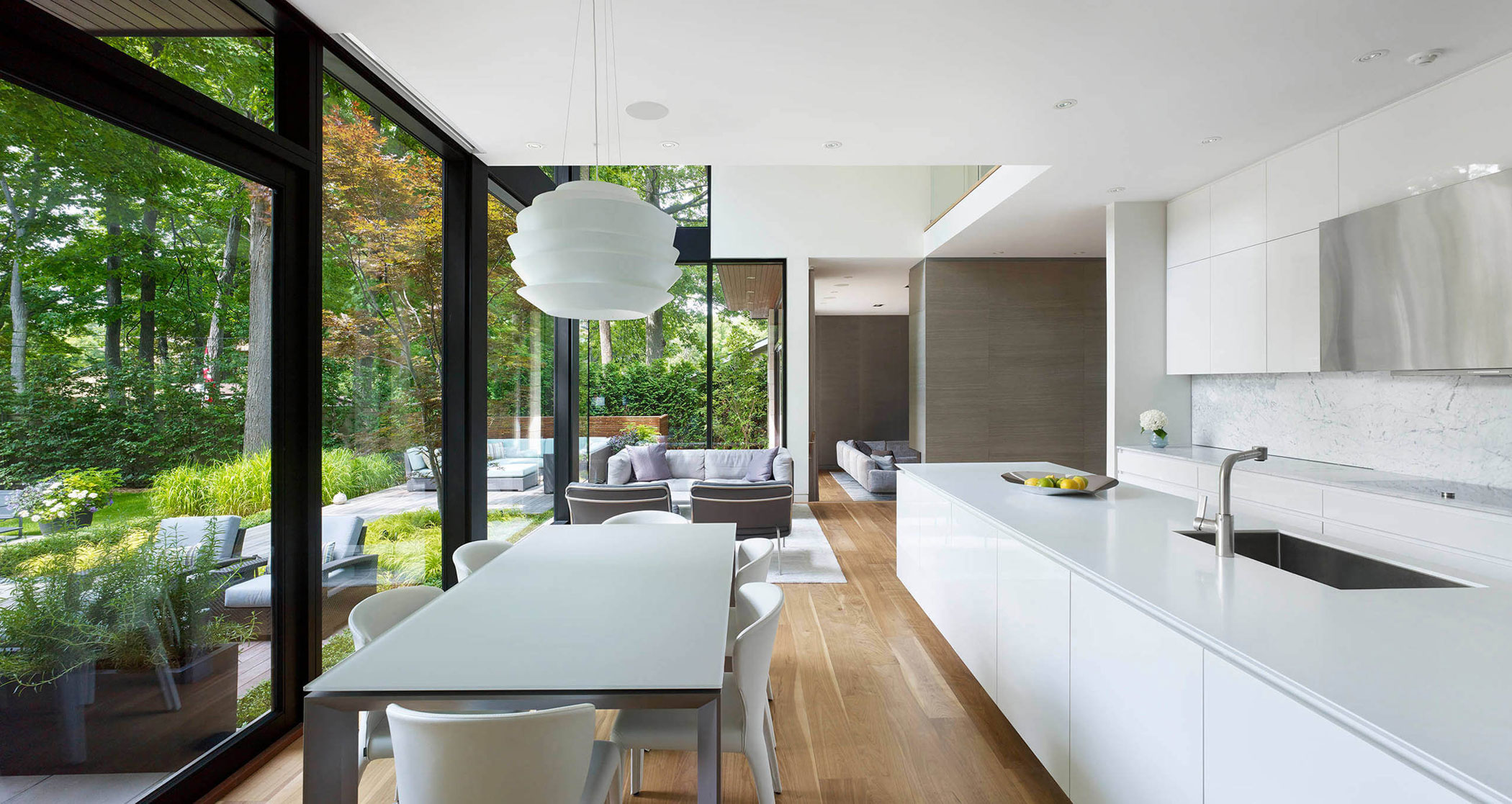 Contemporary Don Mills House in Toronto by Jillian Aimis-08