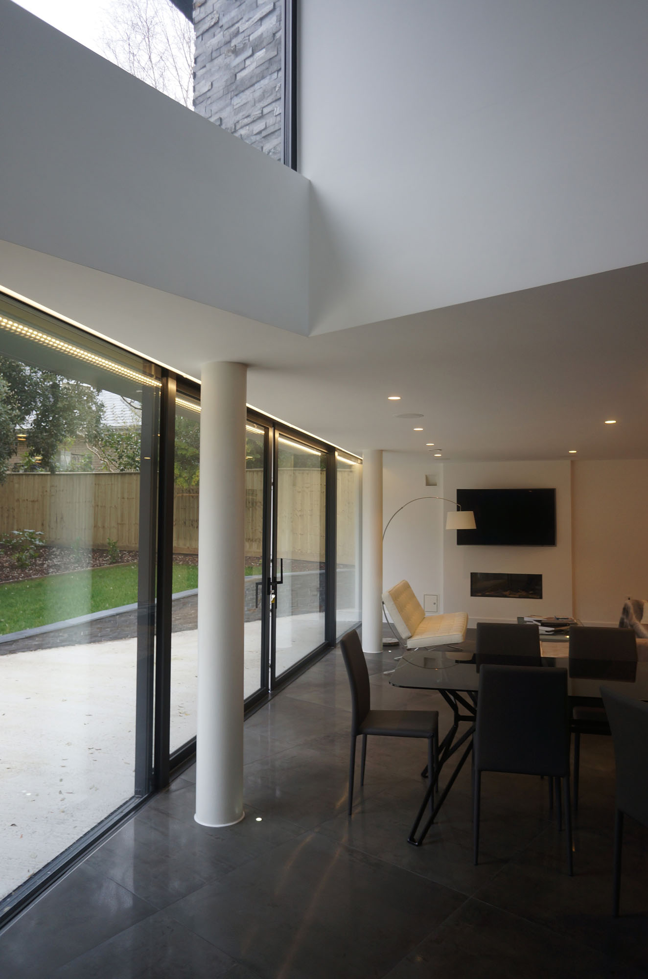 Contemporary Nairn Road House by David James Architects-08