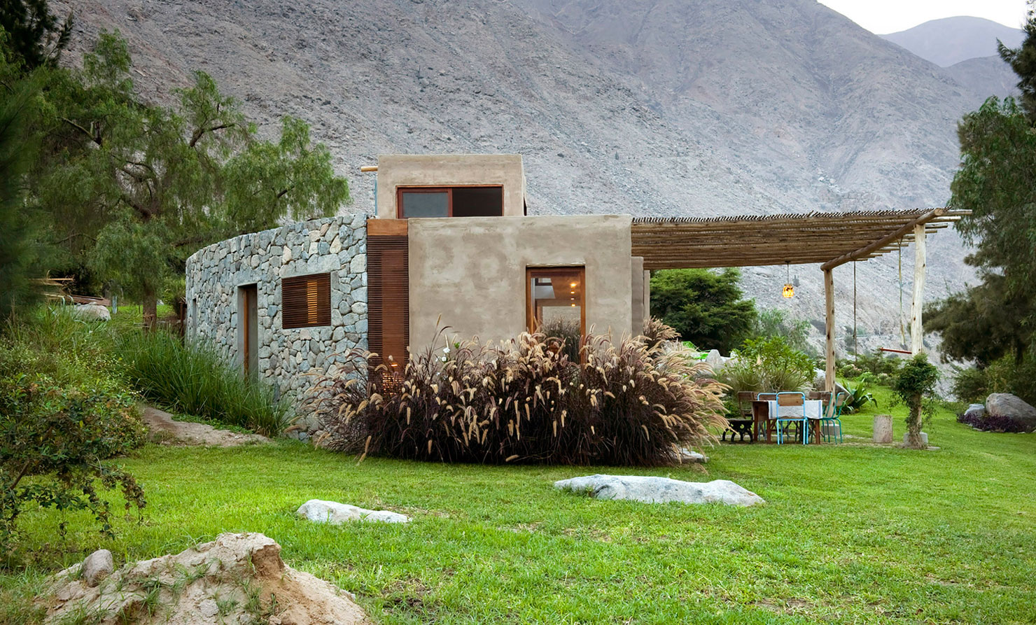 Eco-friendly Chontay House in Harmony With the Surrounding Tones of Nature by Marina Vella Arquitectos-02