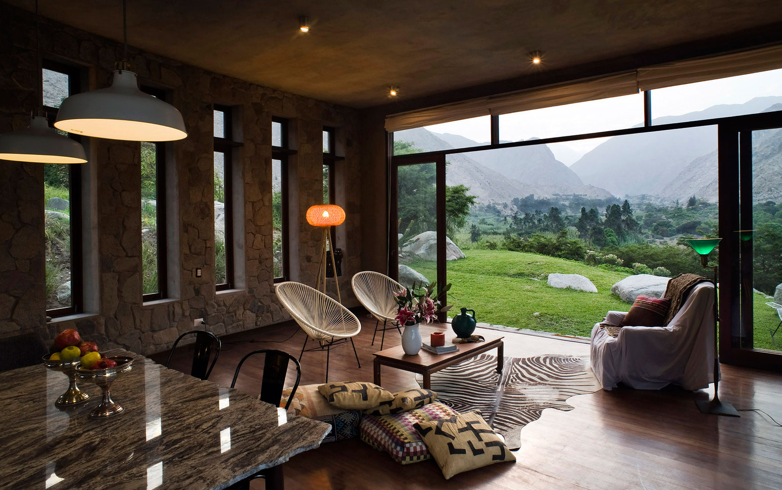 Eco-friendly Chontay House in Harmony With the Surrounding Tones of Nature by Marina Vella Arquitectos-07