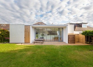 Elegant Contemporary Extension of an1930's Edinburgh House by Capital A Architecture