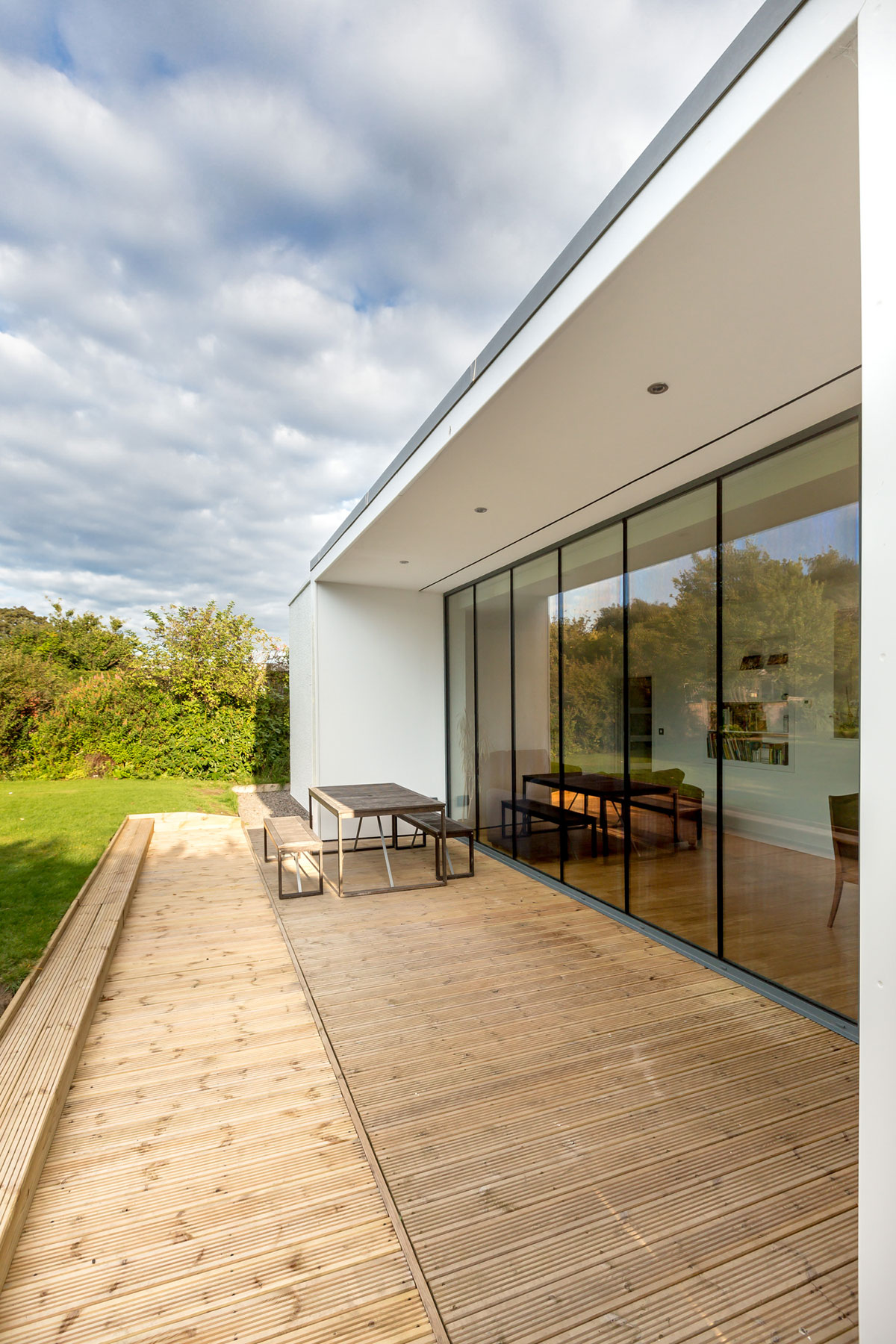 Elegant Contemporary Extension of an 1930's Edinburgh House by Capital A Architecture-08