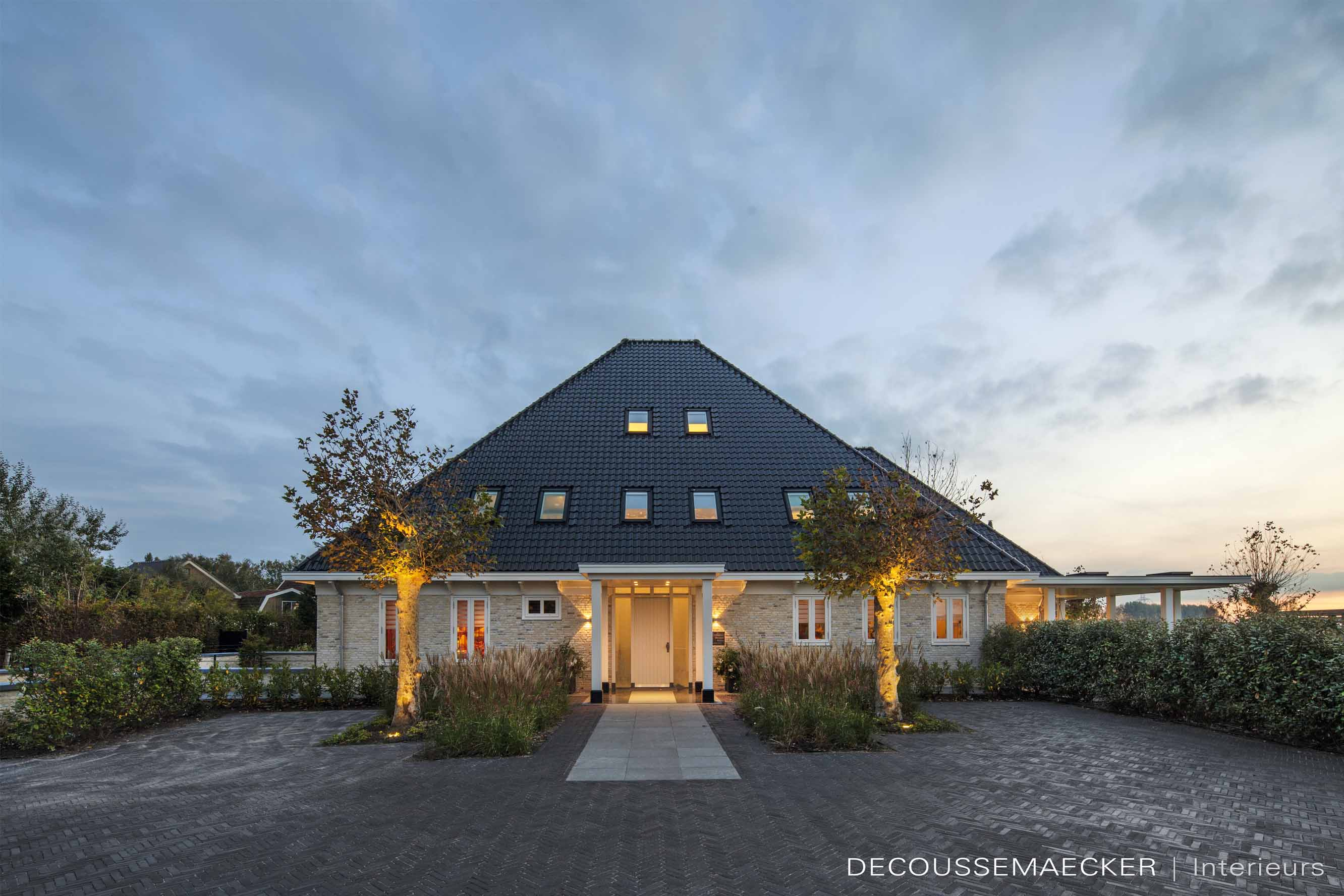 Farmhouse Remodelled into Luxury Residence in North Holland by Guido Decoussemaecker-16