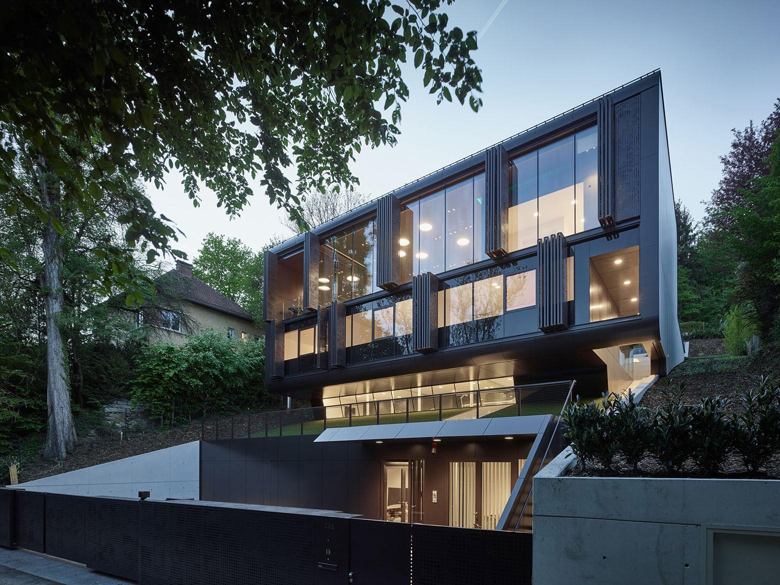 GT Home in Linz by Archinauten-12