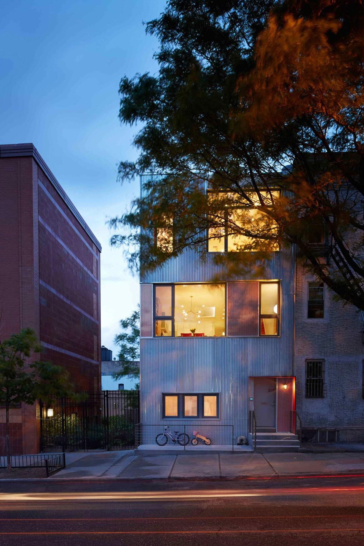 Gutman-Umansky Townhouse by Etelamaki Architecture-14
