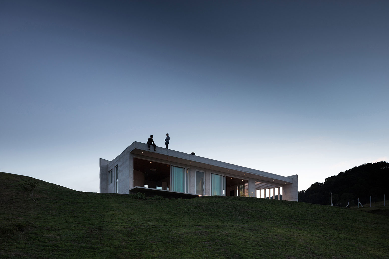 HLM House, the Retreat on a Natural Area in the Outskirts of the City of Santa Maria by Boa Arquitetura-03
