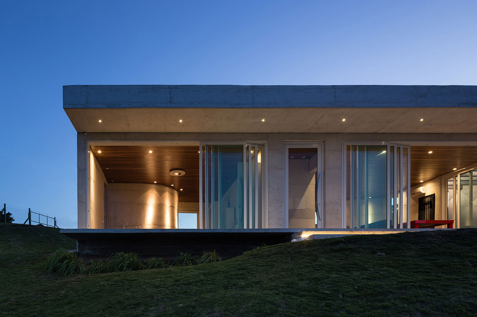 HLM House, the Retreat on a Natural Area in the Outskirts of the City of Santa Maria by Boa Arquitetura-16