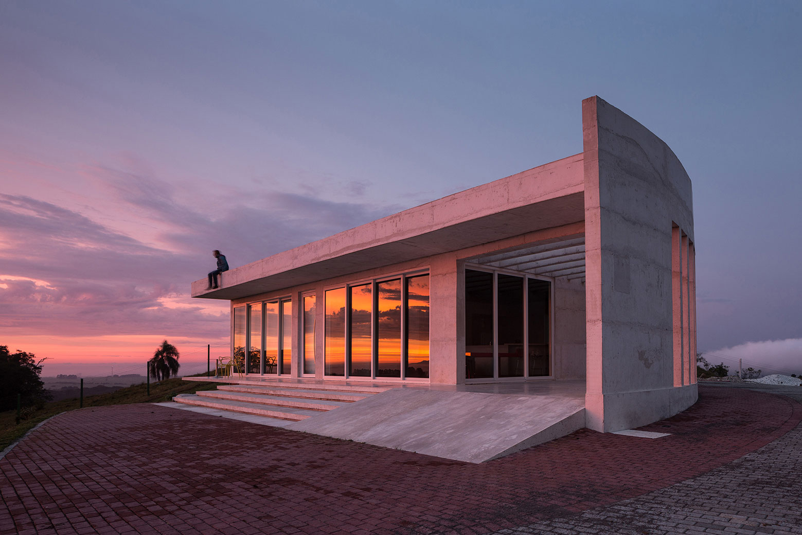 HLM House, the Retreat on a Natural Area in the Outskirts of the City of Santa Maria by Boa Arquitetura-17
