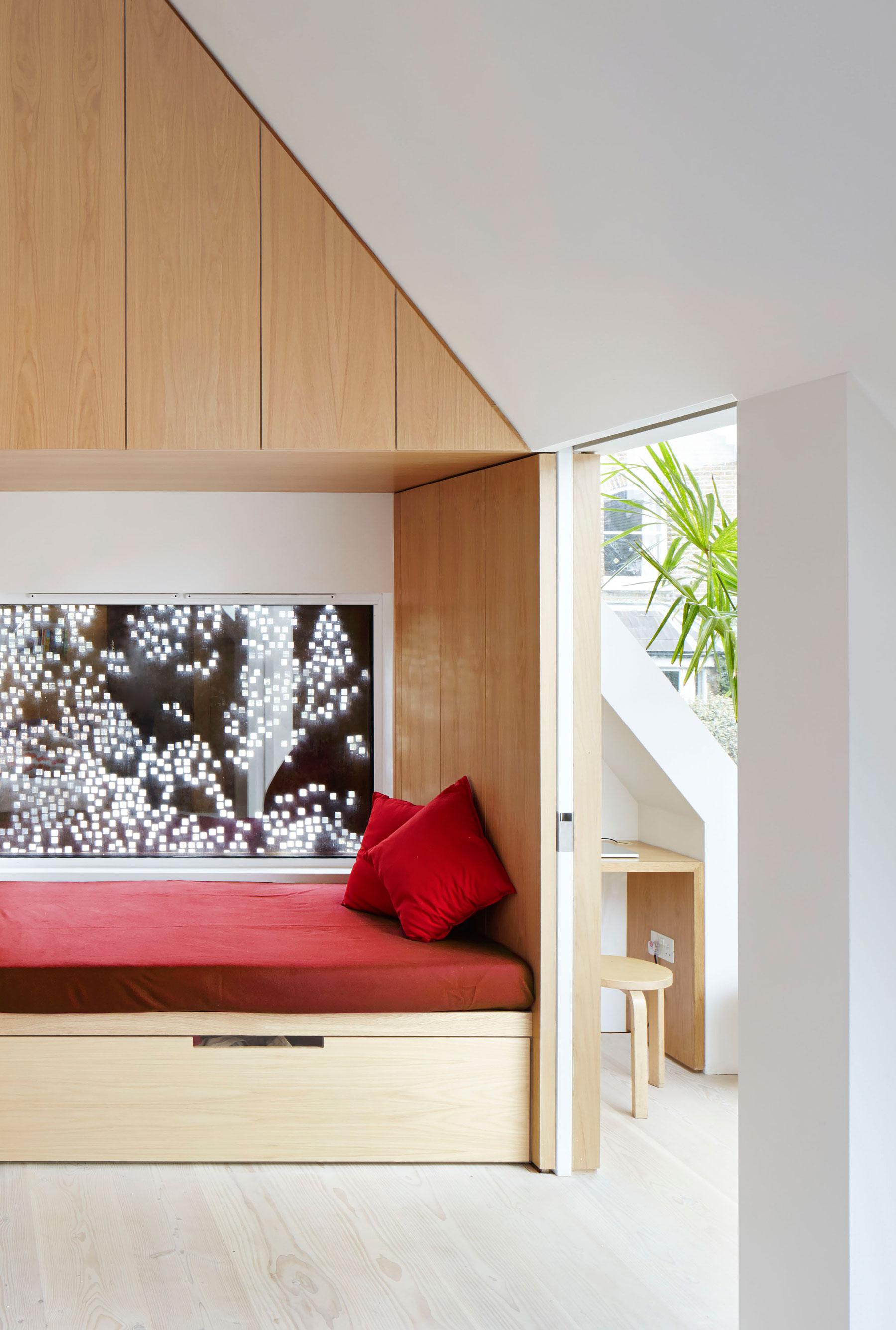 Kew Home by Piercy&Company-10