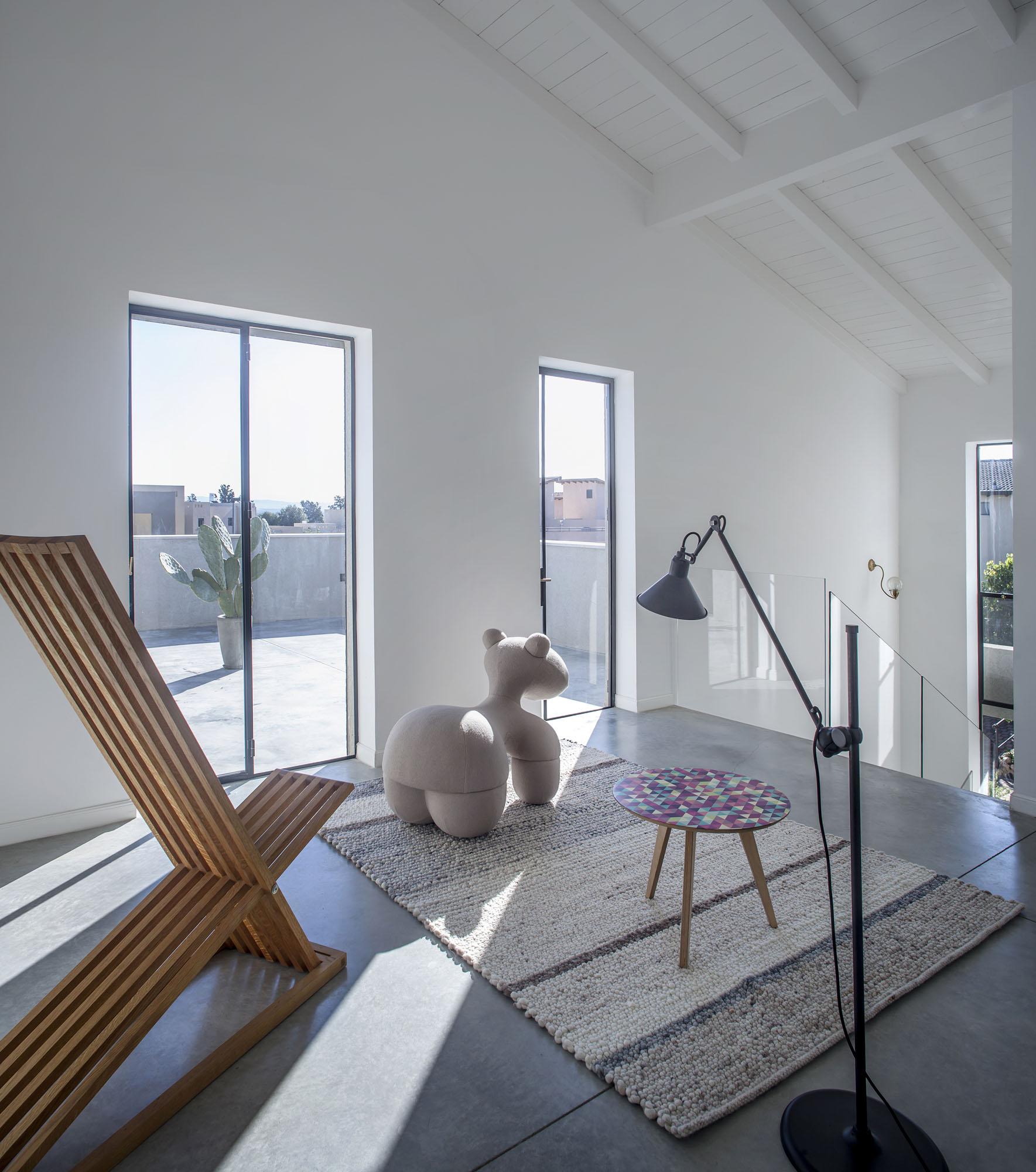 Kibbutz Residence by Henkin Shavit Architecture & Design-13