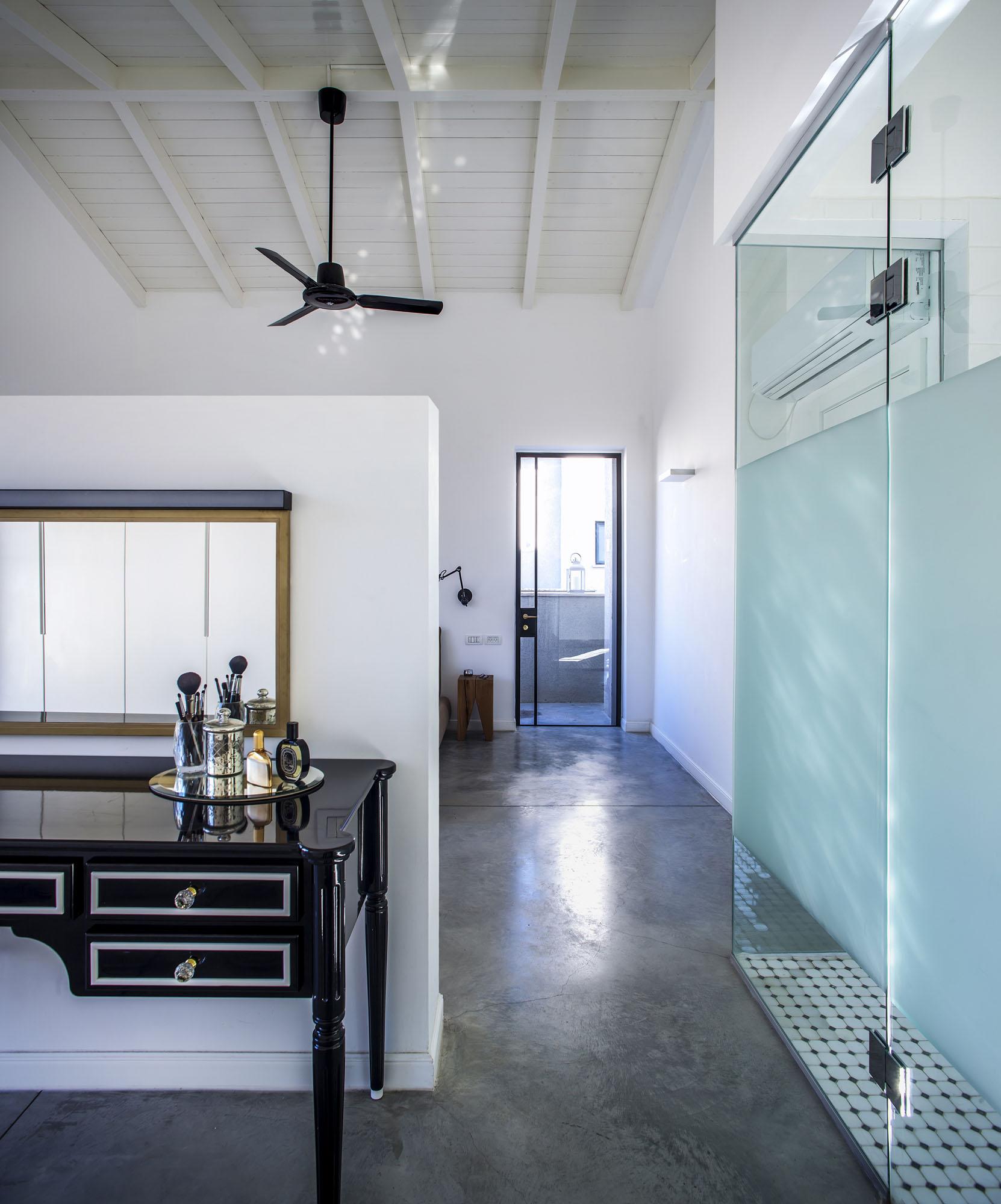 Kibbutz Residence by Henkin Shavit Architecture & Design-17