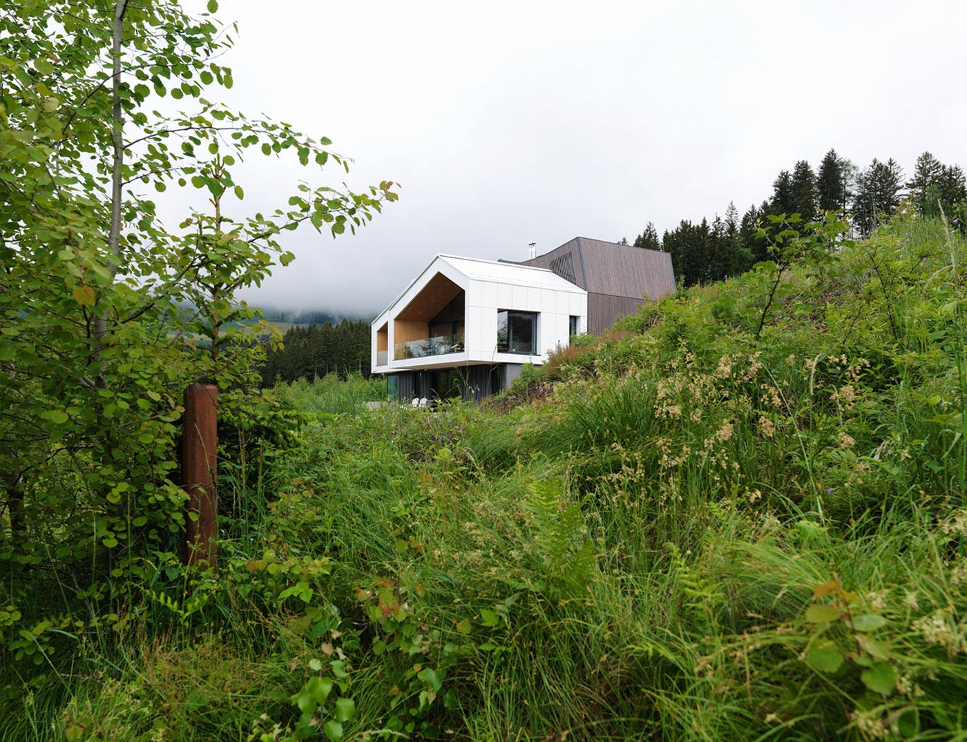 Kitzbuehel Mountain View House by SoNo arhitekti-02