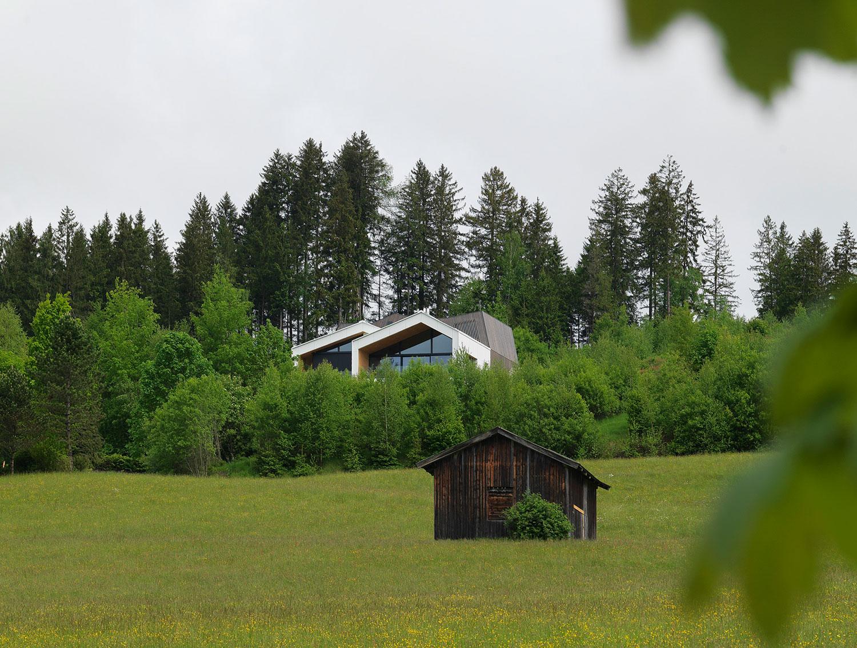 Kitzbuehel Mountain View House by SoNo arhitekti-03
