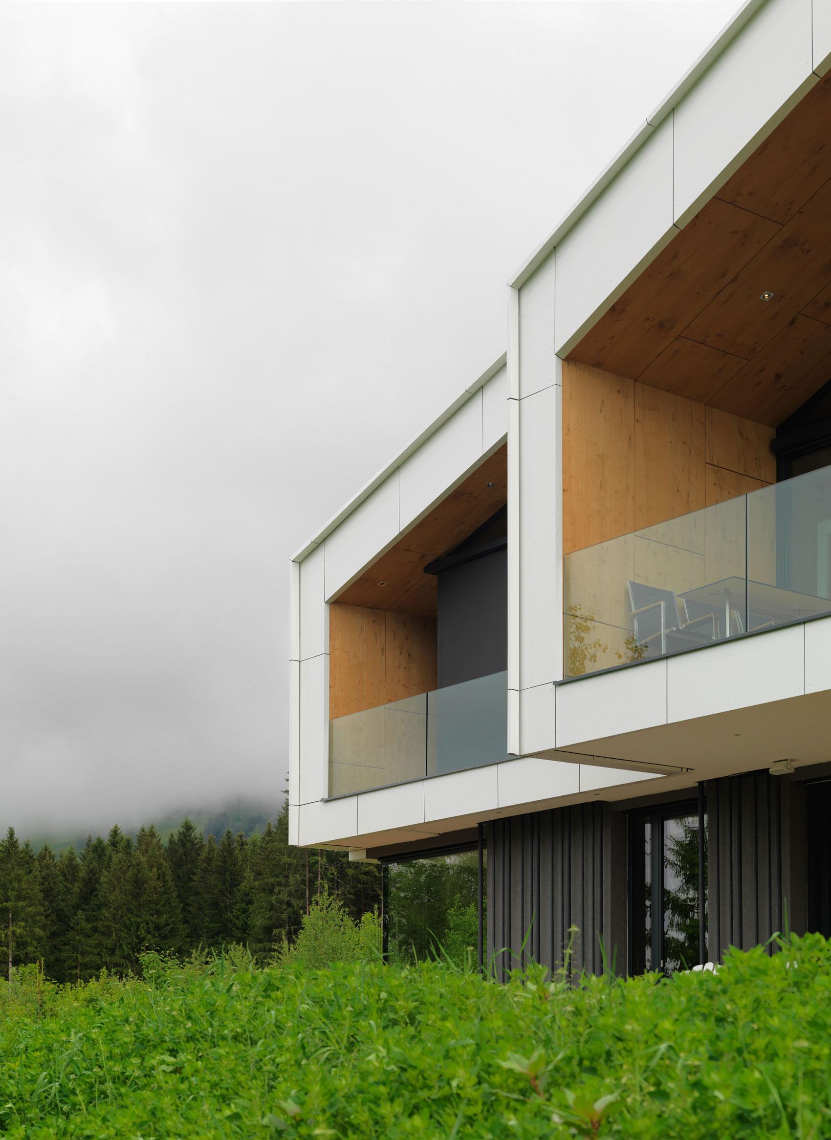 Kitzbuehel Mountain View House by SoNo arhitekti-04