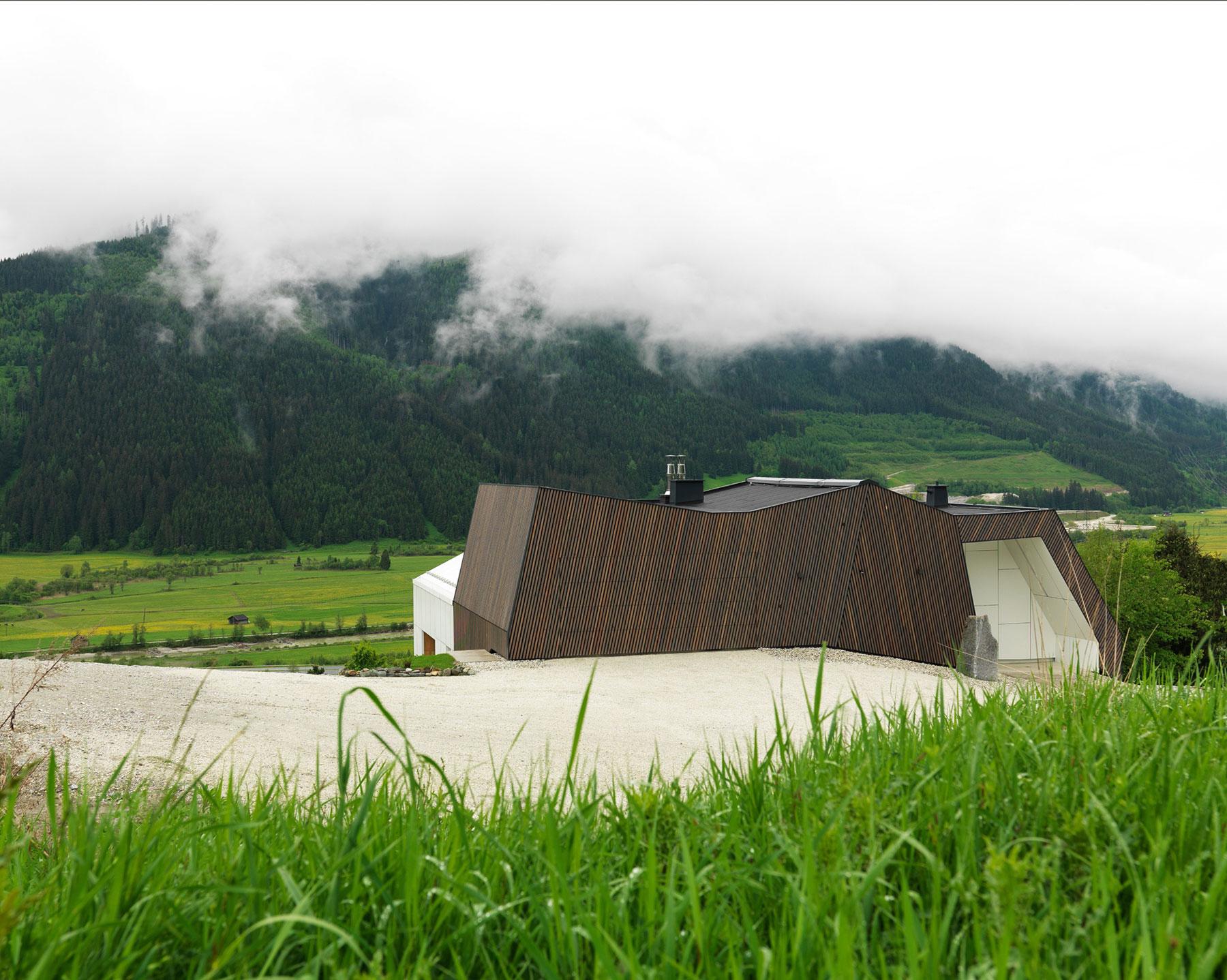 Kitzbuehel Mountain View House by SoNo arhitekti-05