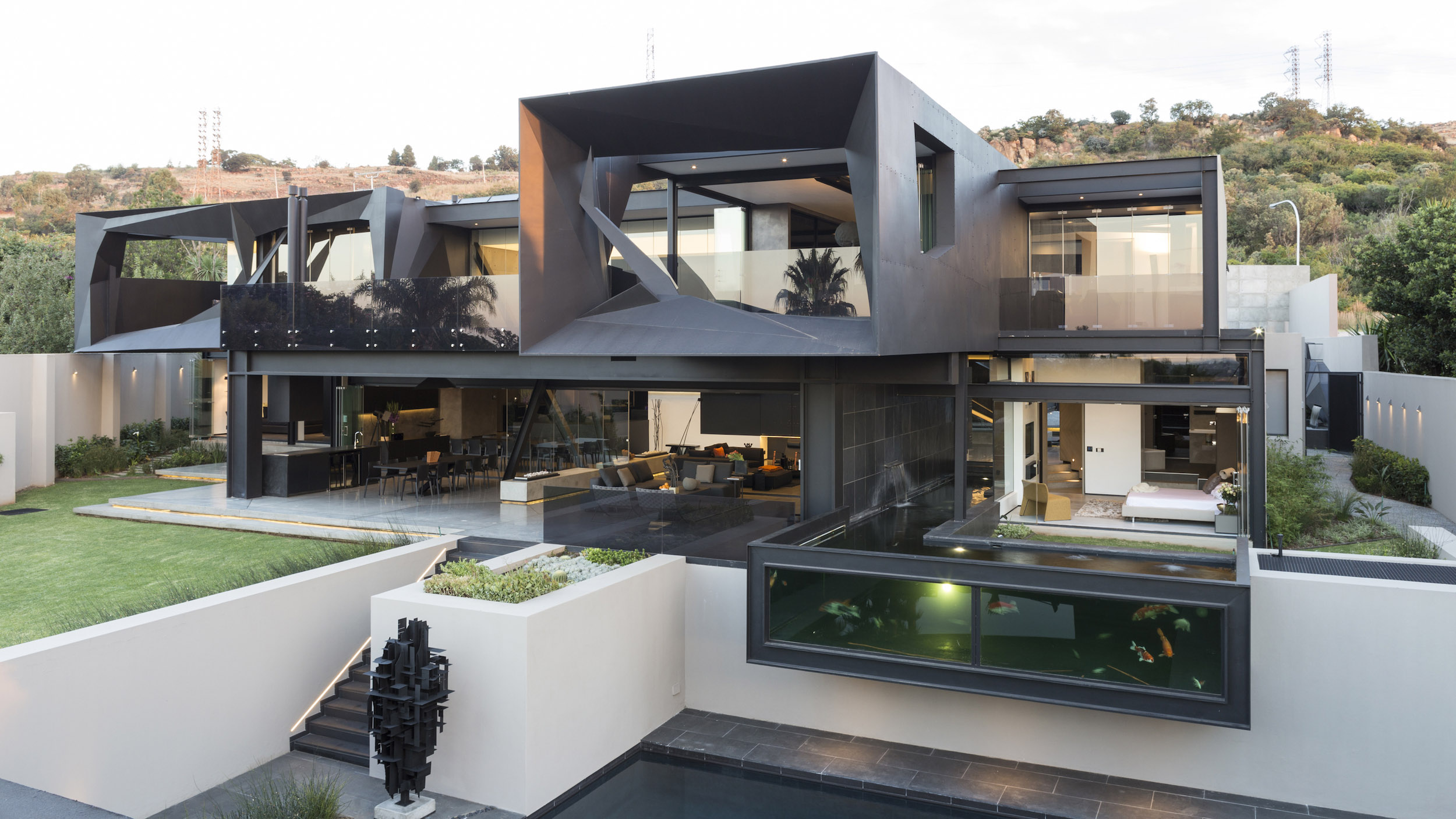 Kloof Road Masterpiece House in Johannesburg by Nico van der Meulen Architects-07