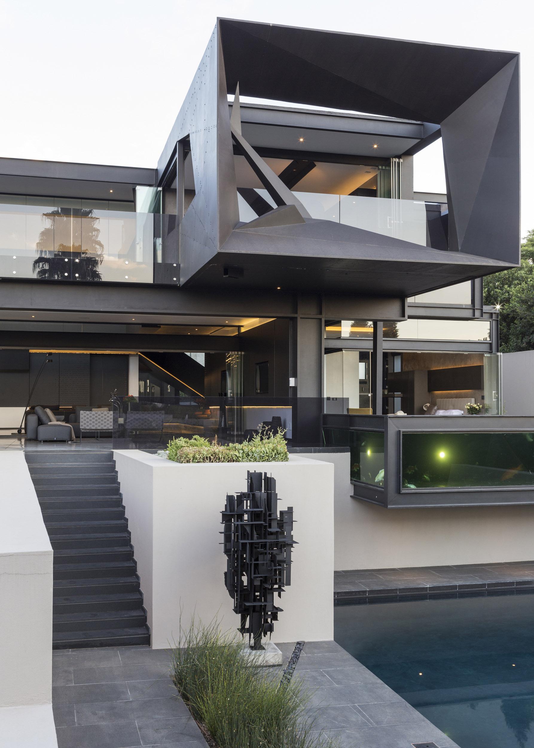 Kloof Road Masterpiece House in Johannesburg by Nico van der Meulen Architects-13