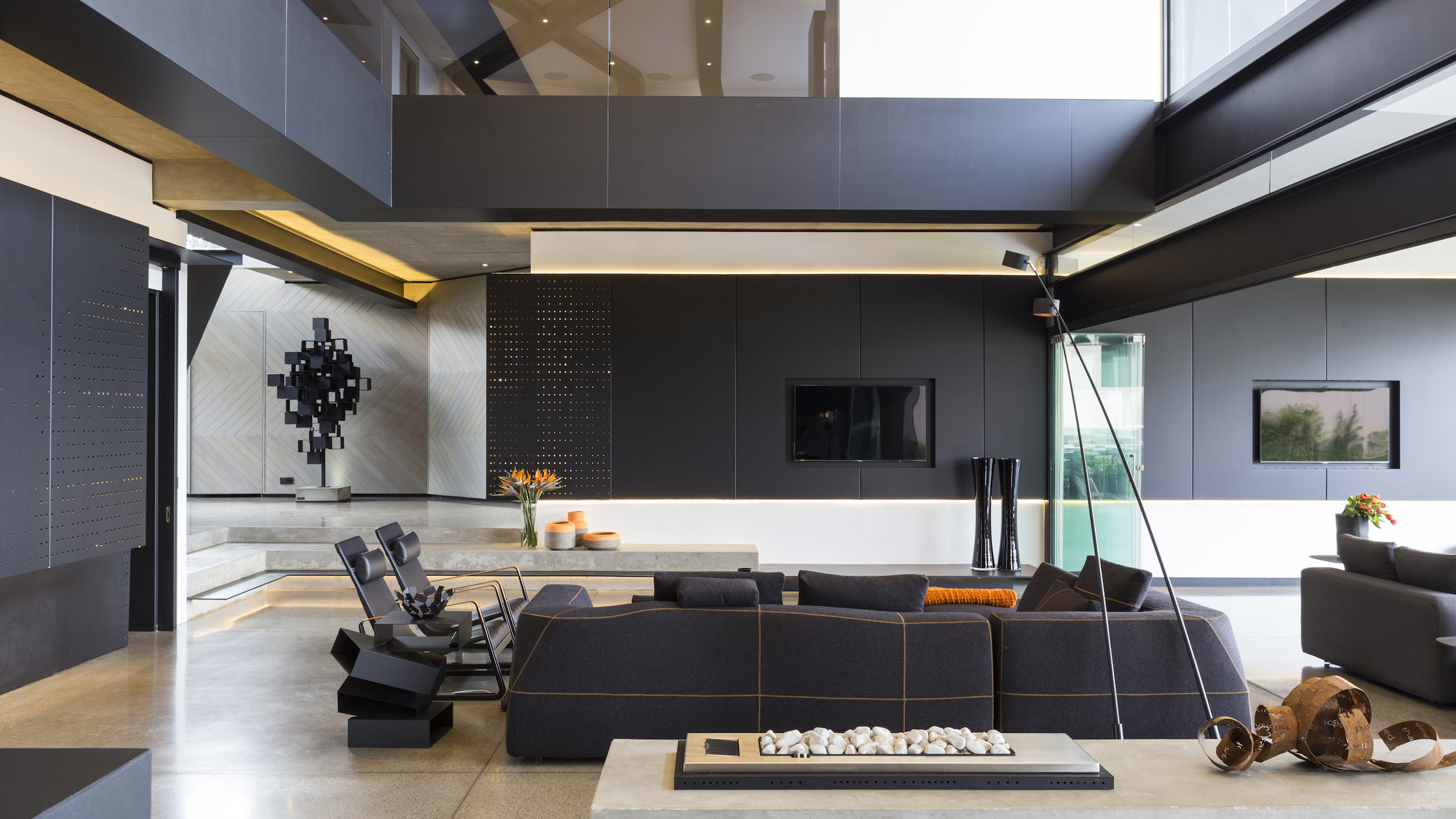 Kloof Road Masterpiece House in Johannesburg by Nico van der Meulen Architects-15
