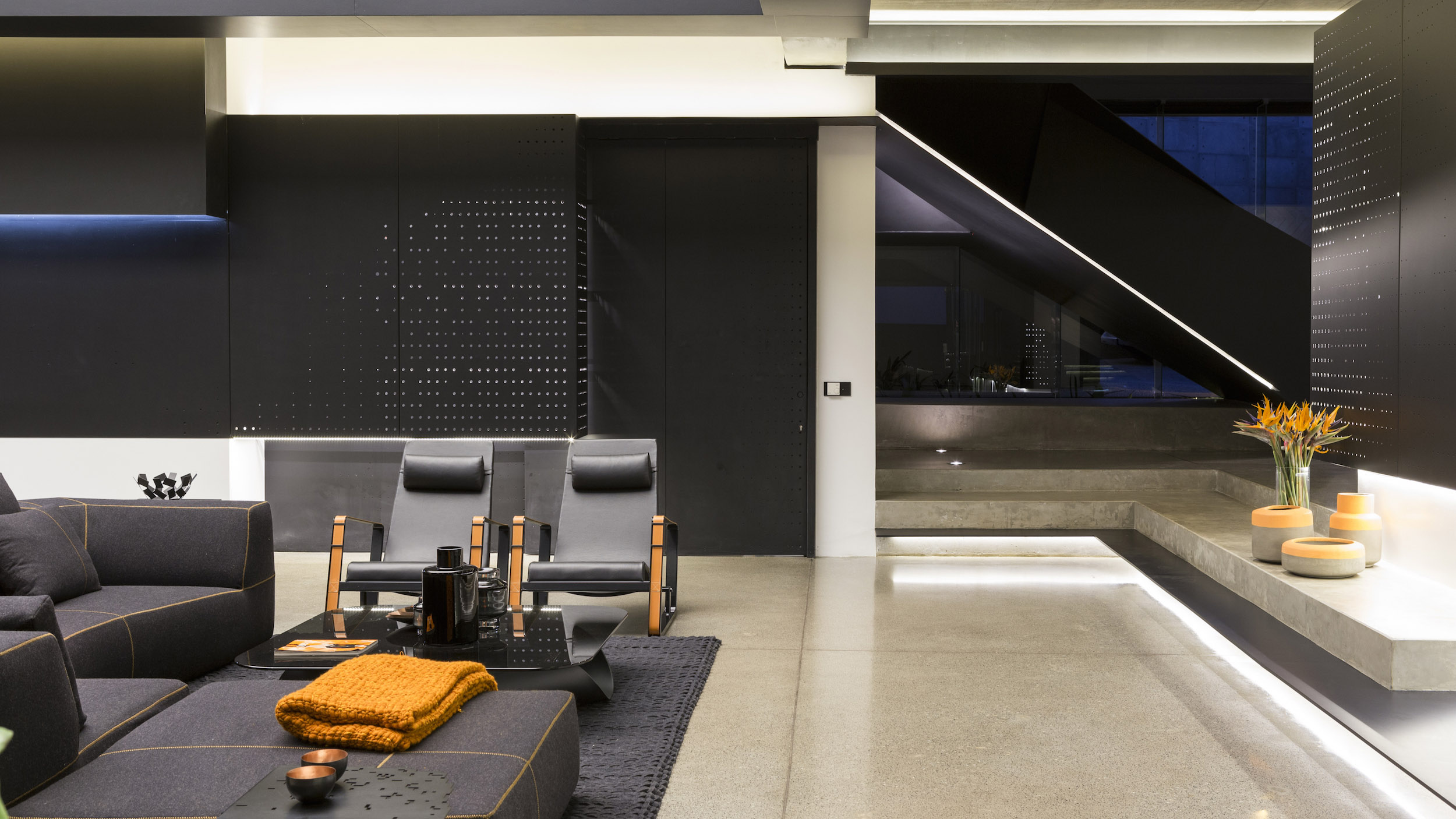 Kloof Road Masterpiece House in Johannesburg by Nico van der Meulen Architects-19