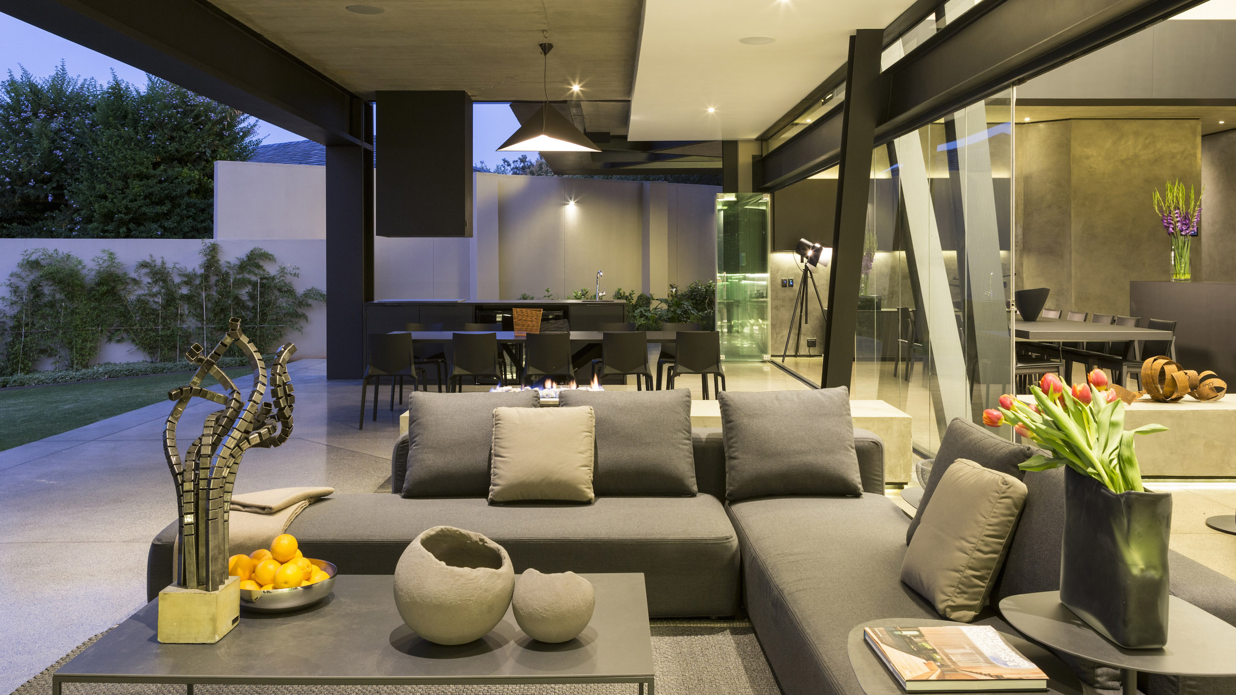 Kloof Road Masterpiece House in Johannesburg by Nico van der Meulen Architects-25