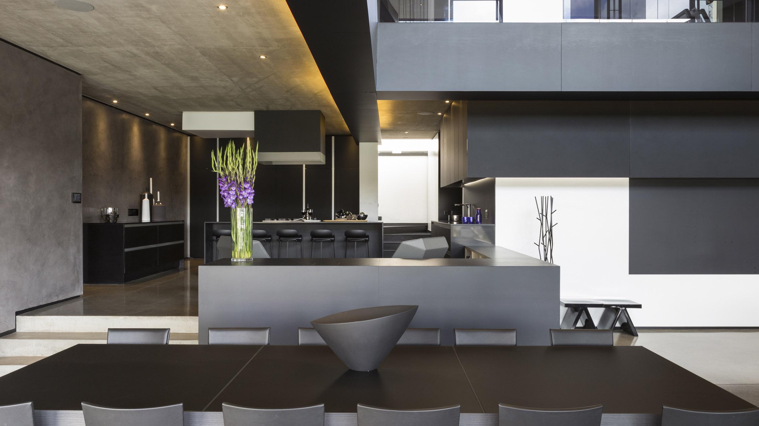 Kloof Road Masterpiece House in Johannesburg by Nico van der Meulen Architects-27