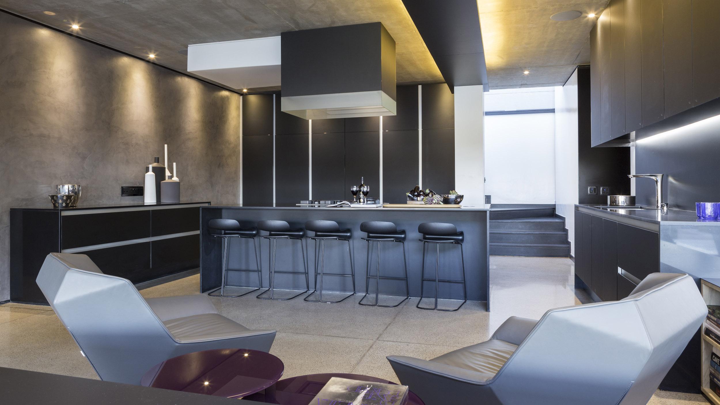 Kloof Road Masterpiece House in Johannesburg by Nico van der Meulen Architects-28