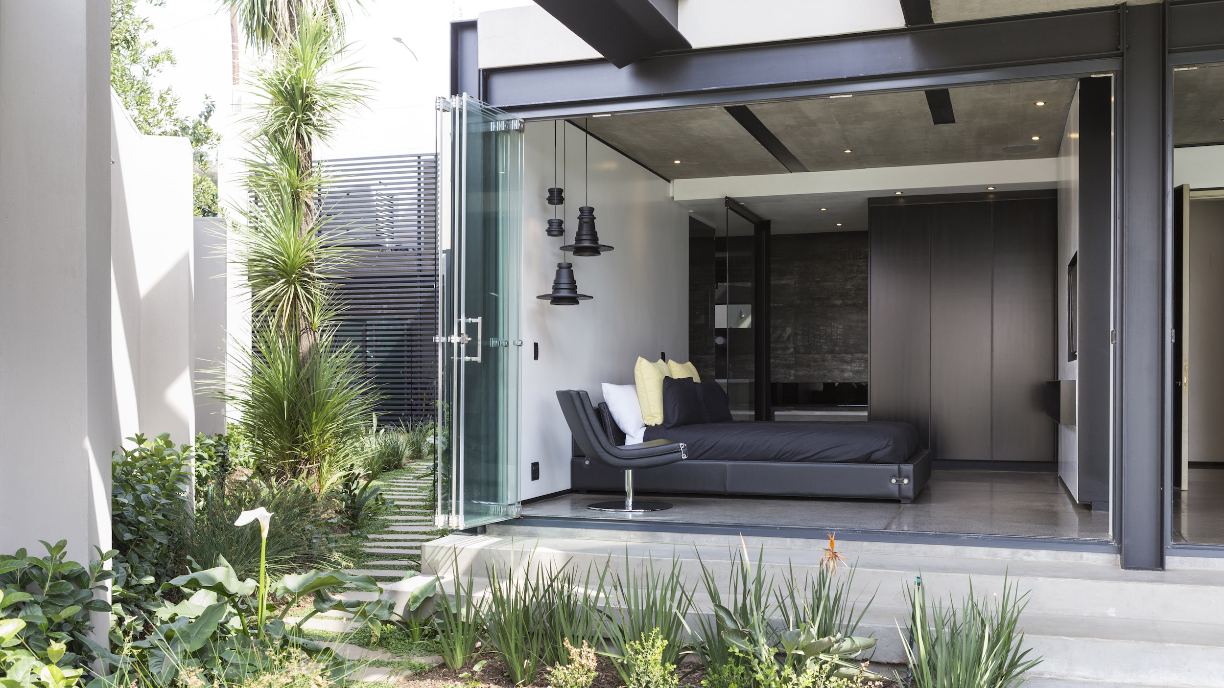 Kloof Road Masterpiece House in Johannesburg by Nico van der Meulen Architects-30