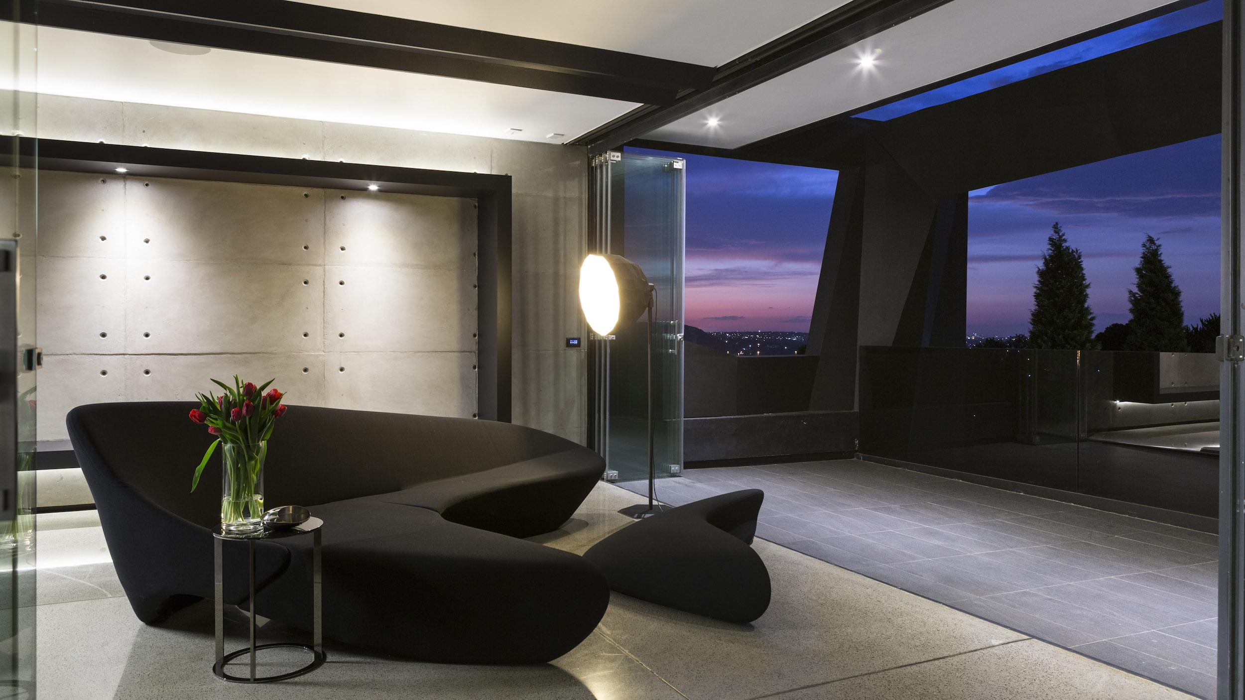 Kloof Road Masterpiece House in Johannesburg by Nico van der Meulen Architects-34