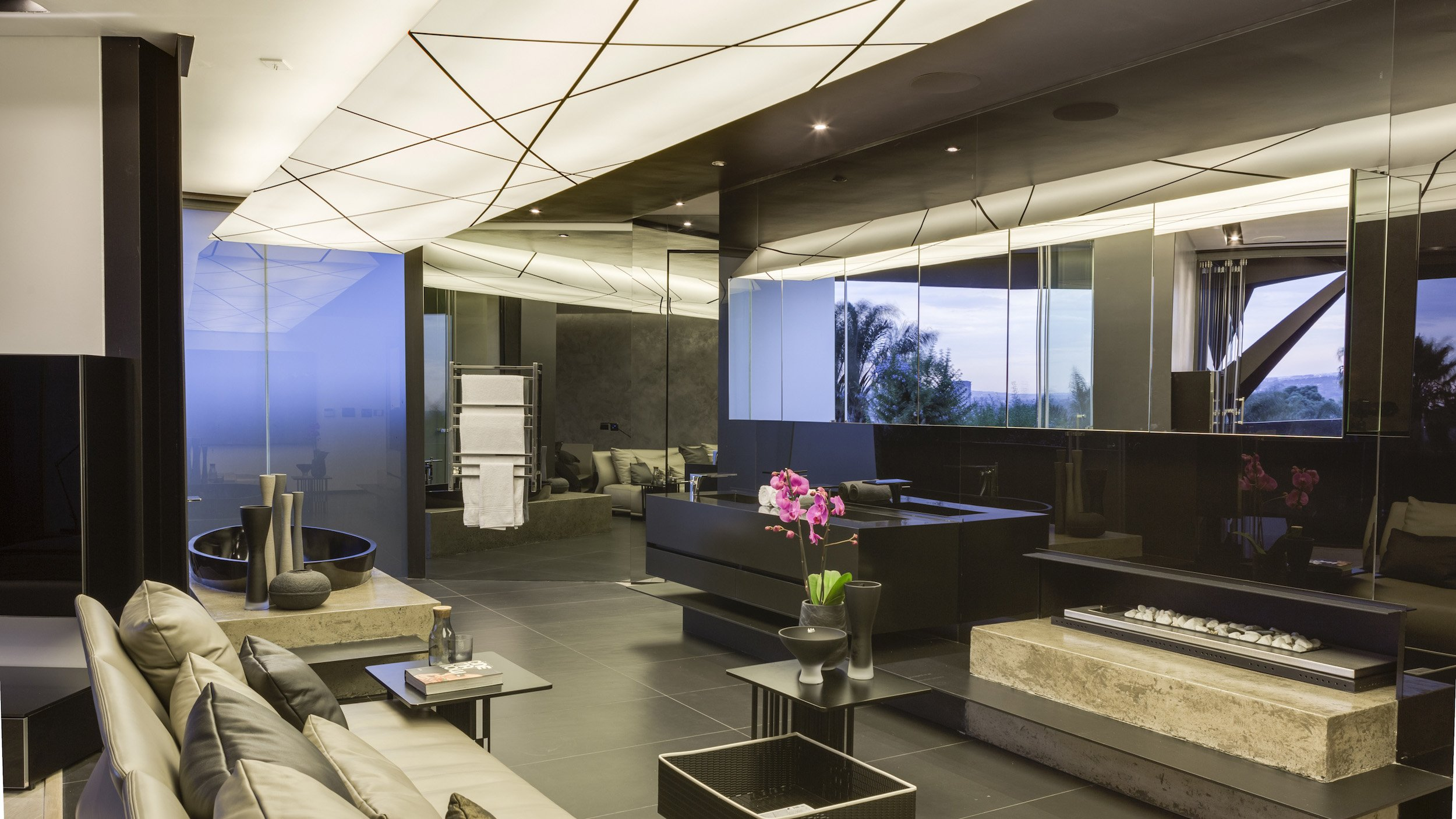 Kloof Road Masterpiece House in Johannesburg by Nico van der Meulen Architects-37