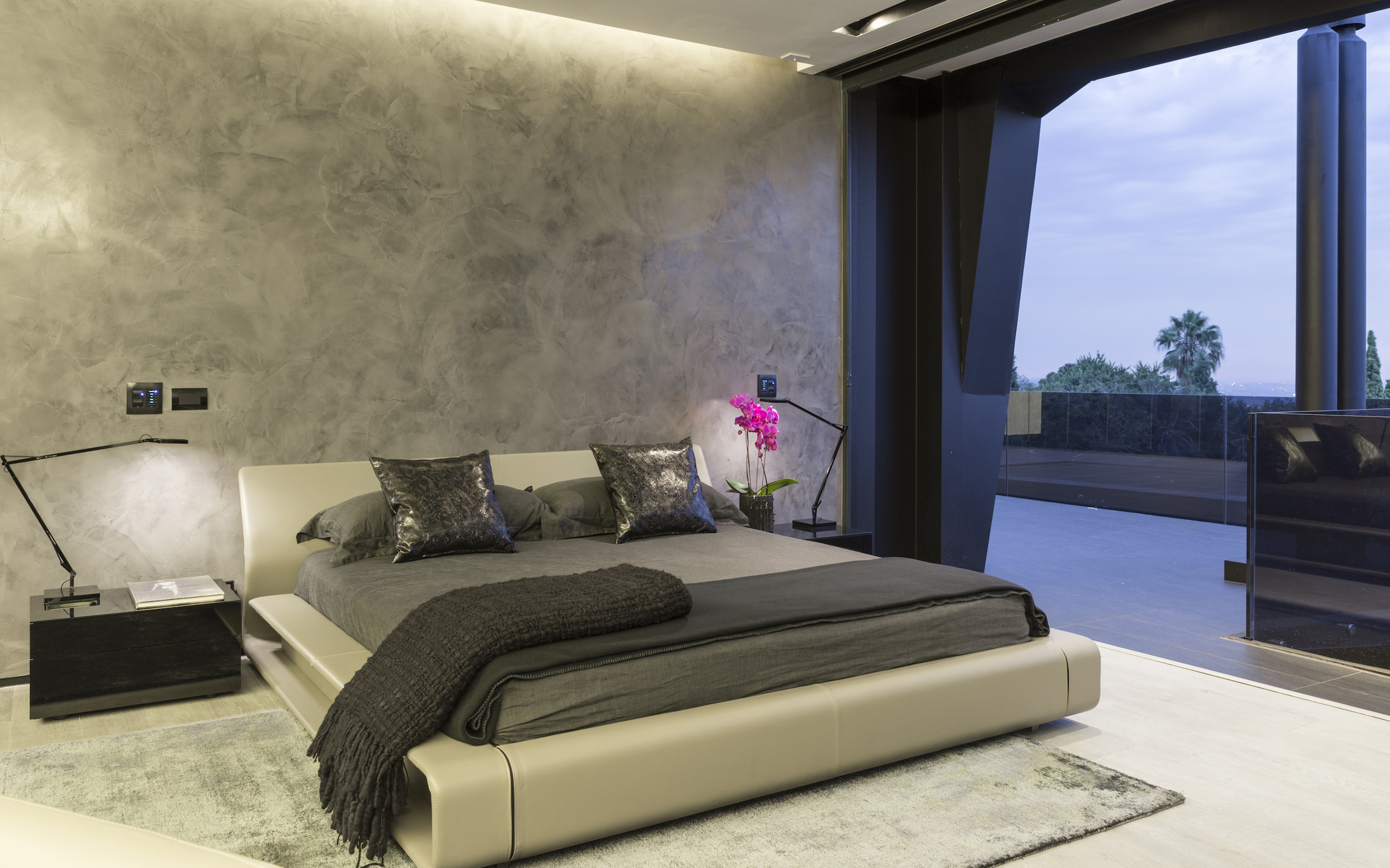 Kloof Road Masterpiece House in Johannesburg by Nico van der Meulen Architects-39