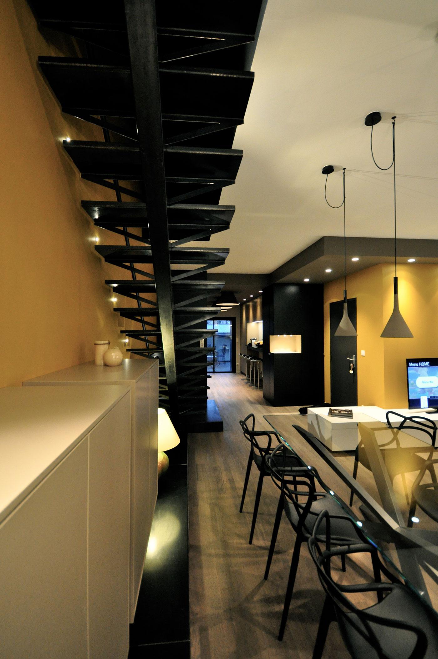Luxury 150m2 duplex apartment near parc sainte marie in for Duplex apartment design