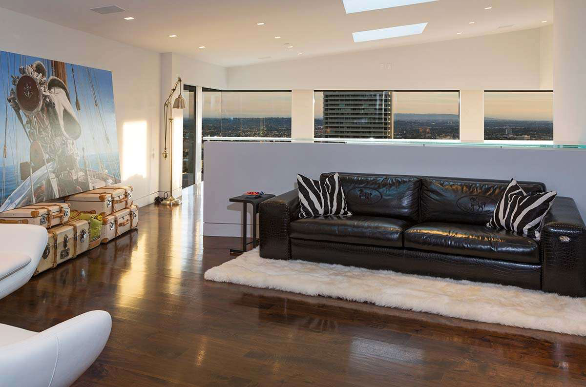 Luxury Home on Sunset Strip, in West Hollywood-19
