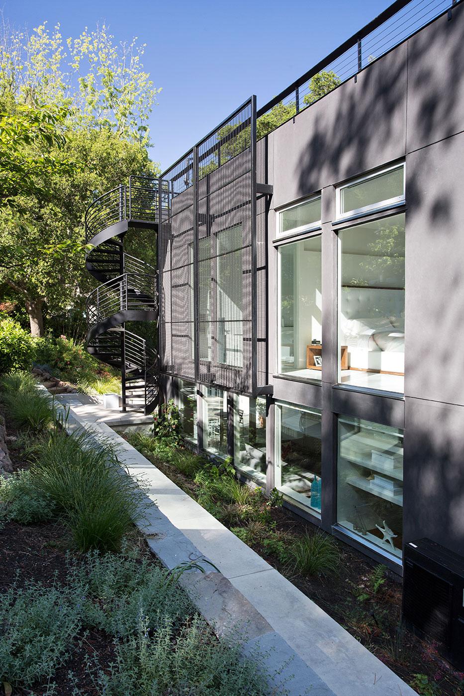 Minimal Modern Addition Home with Dark Grey Stuccoed Walls by Klopf Architecture-02
