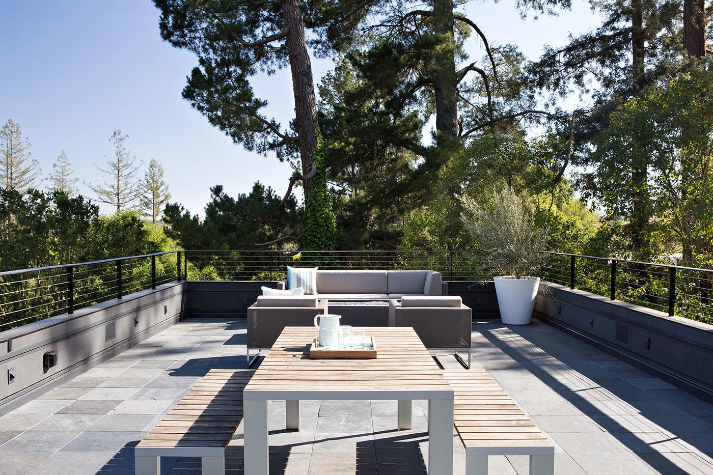 Minimal Modern Addition Home with Dark Grey Stuccoed Walls by Klopf Architecture-04