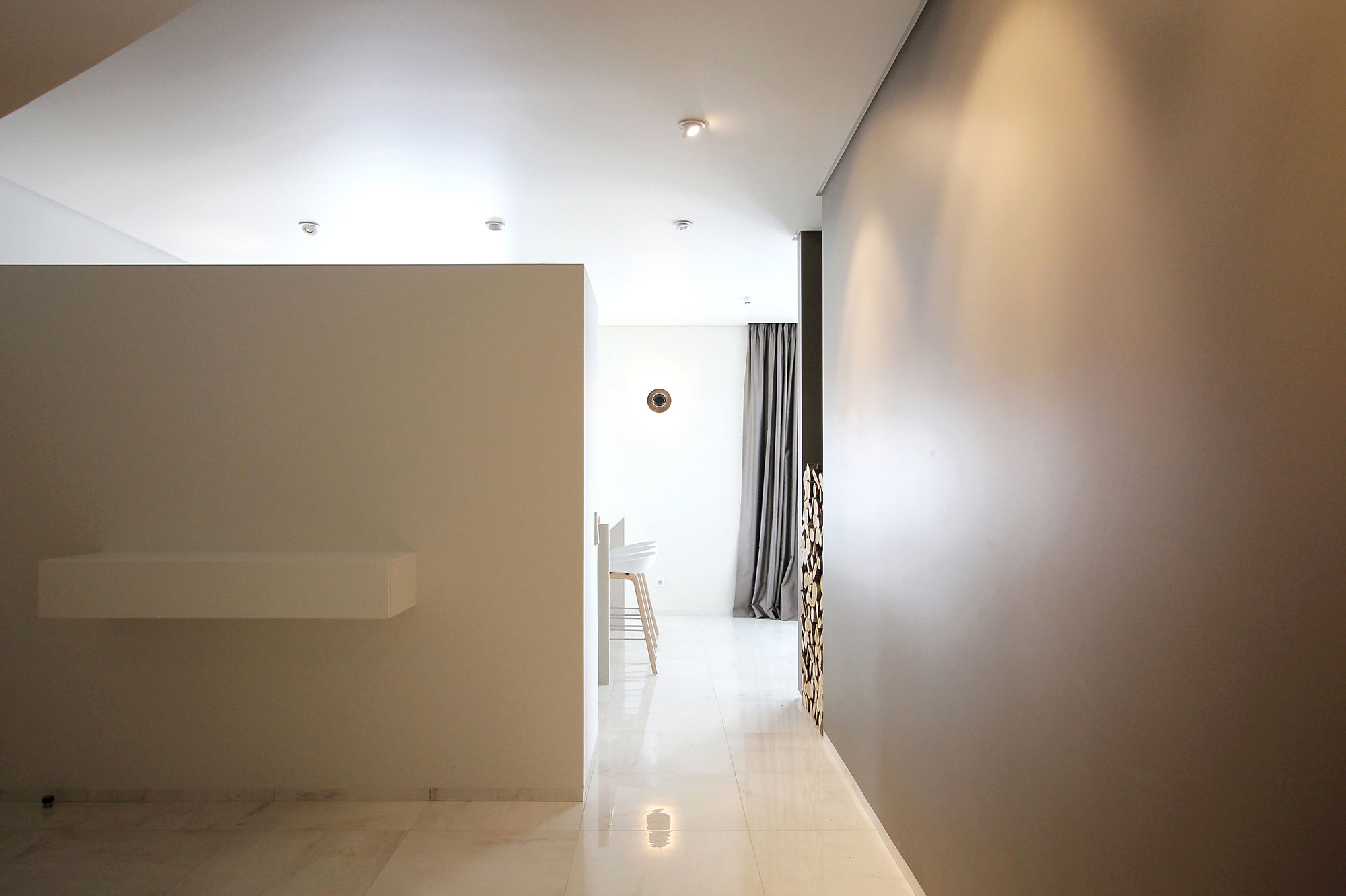Minimal Style and White Colour Theme of House 02 by Ramunas Manikas-13