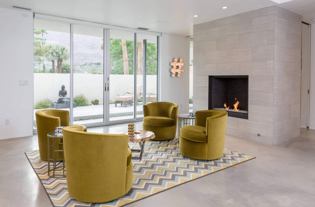 Modern camino real drive home in palm springs by ojmr for Palm springs modern furniture